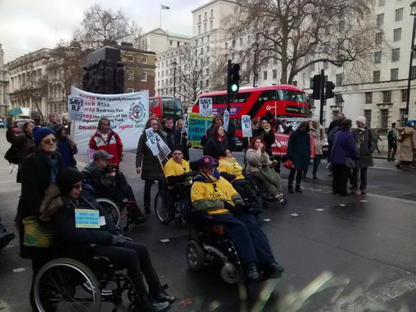 @TheGo4M disabled ppl block Whitehall. #NoILFNoLIFE #SaveILF. Sign EDM 655