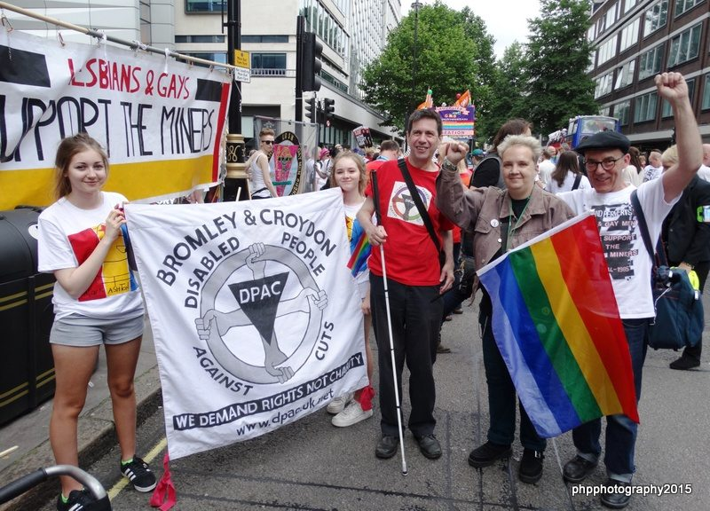 Mike jackson great nieces, Roger, Louise (DPAC) with DPAC banner with Mike Jackson (co founder of LGSM)